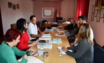 VišeSastanak sa predstavnicima  opštine Velika Plana u vezi sa unapređenjem usluga najugroženijim...